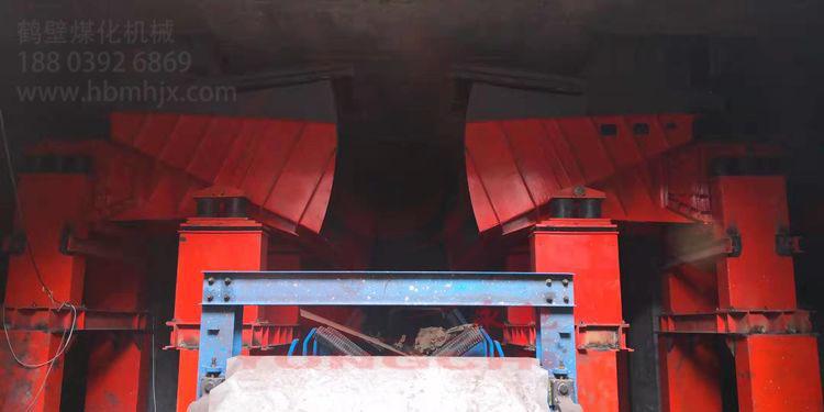 山西重点矸石回填项目智能给煤机安装完毕